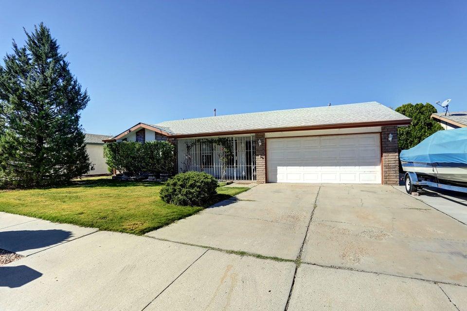 6521 Barnhart NE, Albuquerque, NM 87109