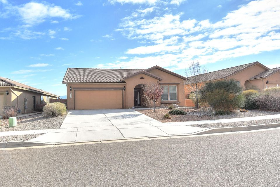 4105 N Pole Loop NE, Rio Rancho, NM 87144