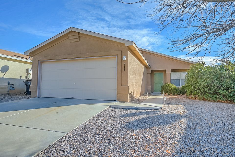912 Pheasant Run Drive SW, Albuquerque, NM 87121