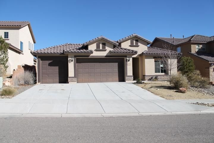 410 Palo Alto Drive NE, Rio Rancho, NM 87124