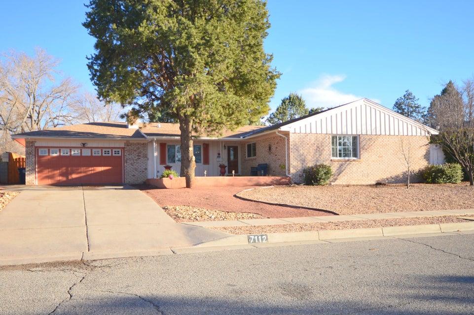 7112 Gladden Avenue NE, Albuquerque, NM 87110
