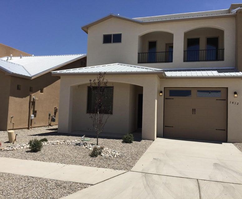 1468 Lumberton Drive NW, Albuquerque, NM 87104