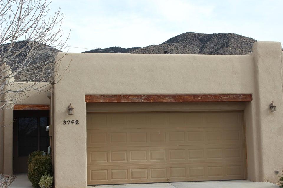 3742 Ridge Pointe Loop NE, Albuquerque, NM 87111