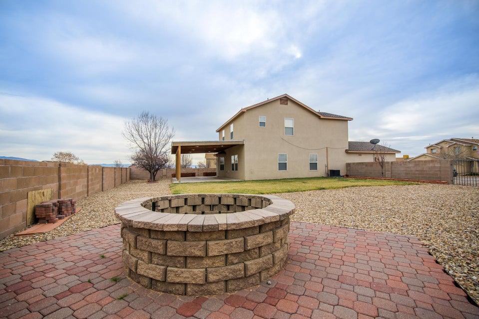 8401 Casa Gris Court NW, Albuquerque, NM 87120