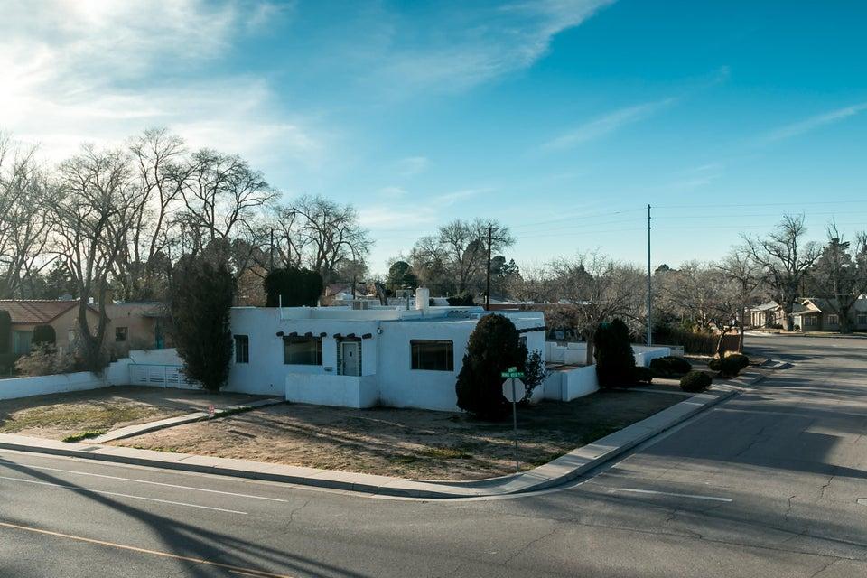 3529 MONTE VISTA Boulevard NE, Albuquerque, NM 87106