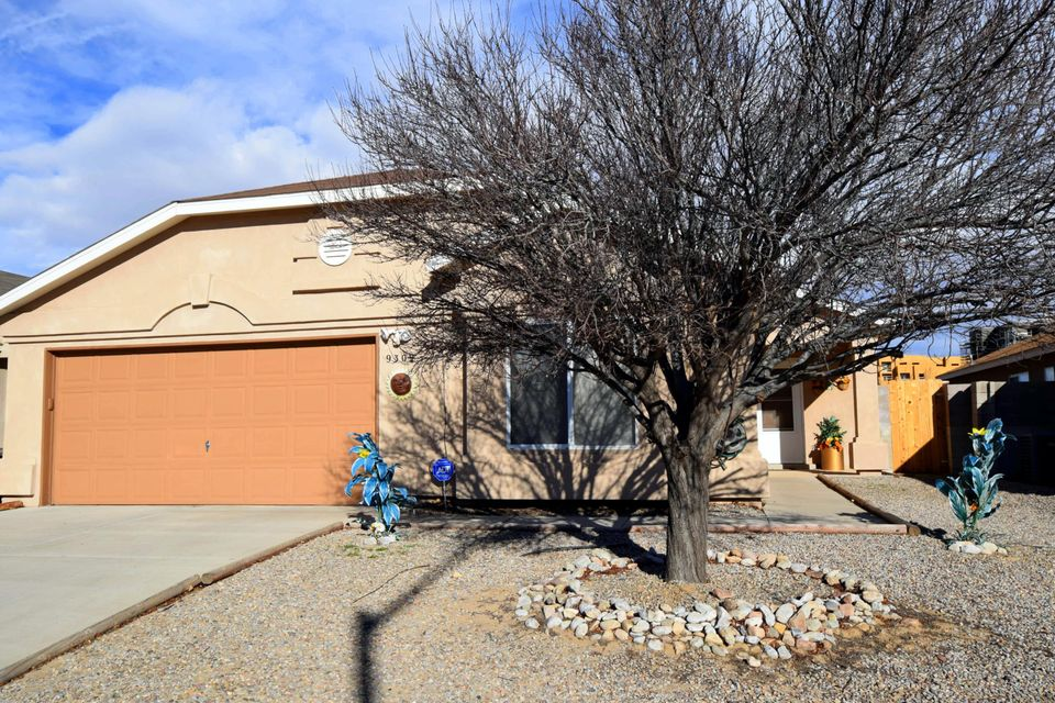 9309 Halyard Road NW, Albuquerque, NM 87121