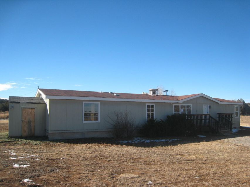 10 Lakes Place, Tijeras, NM 87059