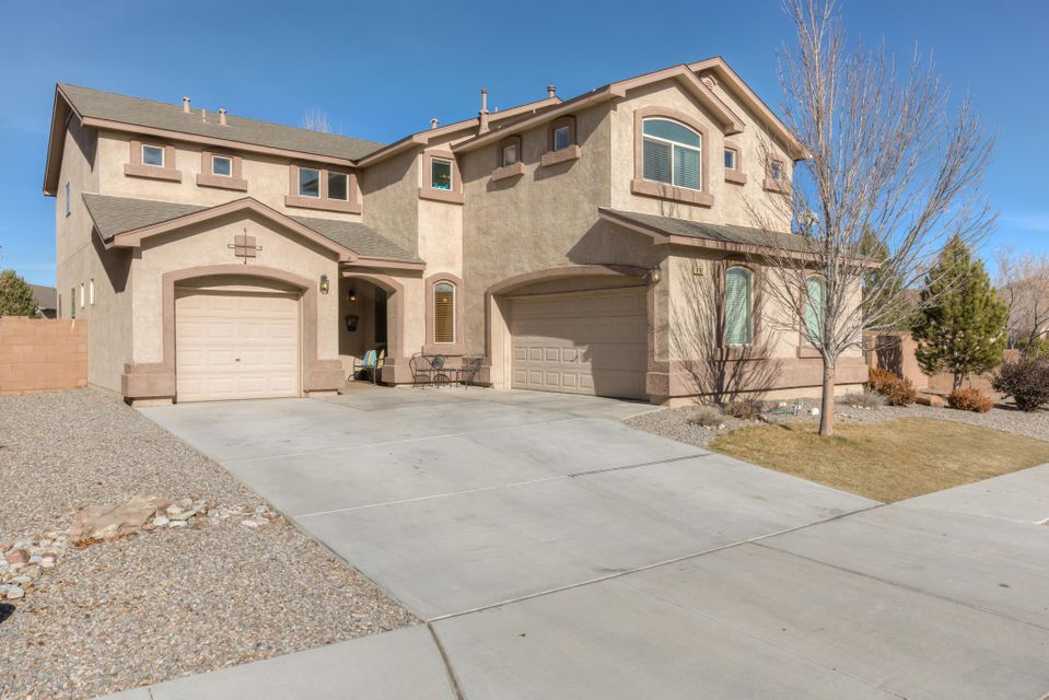8101 Sand Springs Circle NW, Albuquerque, NM 87114