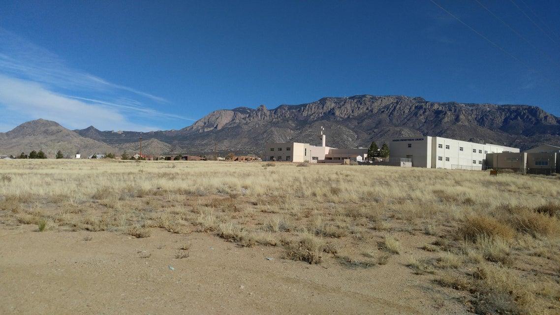 Palomas Avenue NE, Albuquerque, NM 87122