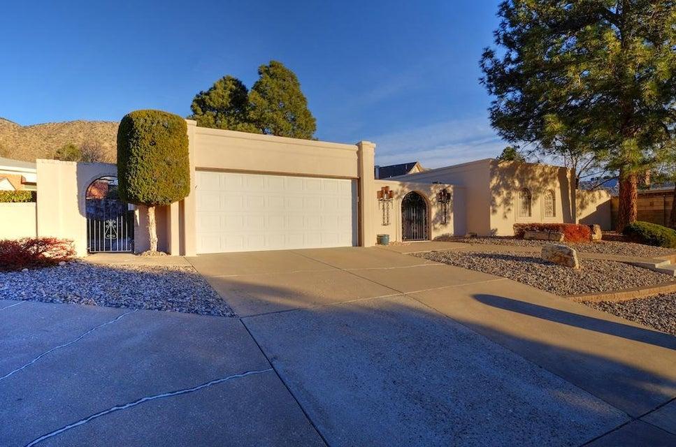 3104 Matador Drive NE, Albuquerque, NM 87111