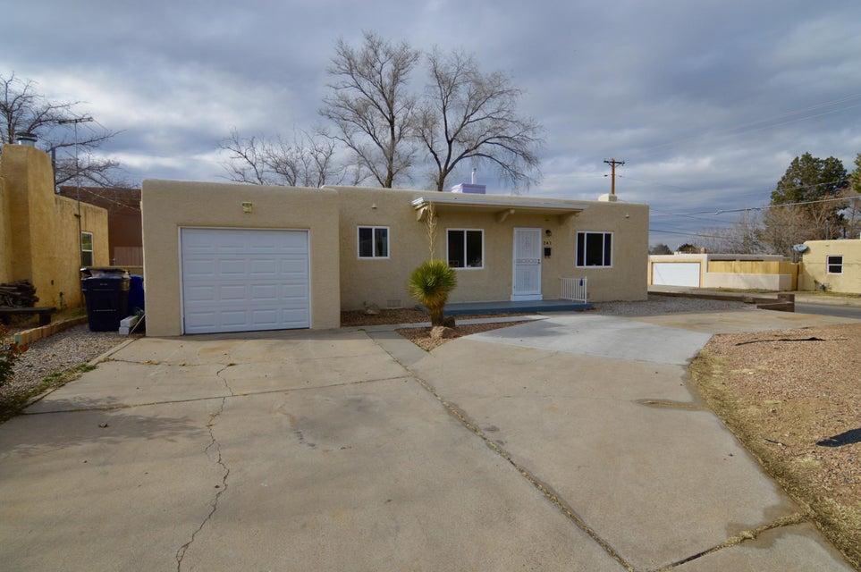 241 Cardenas Drive NE, Albuquerque, NM 87108