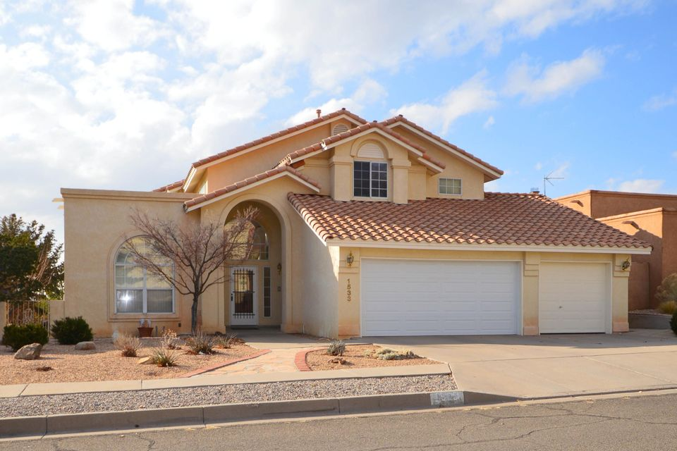 1533 Summit Hills Drive NE, Albuquerque, NM 87112