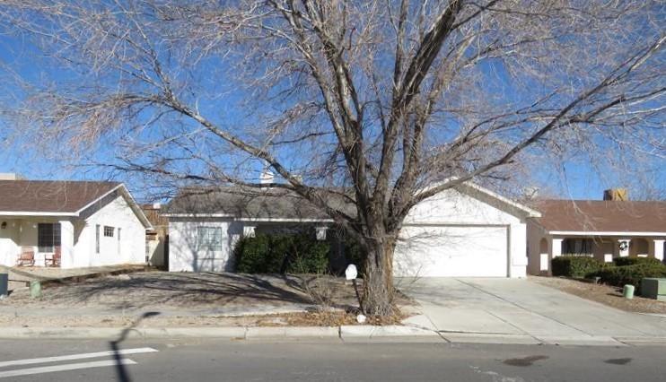 8305 Sapphire Street SW, Albuquerque, NM 87121