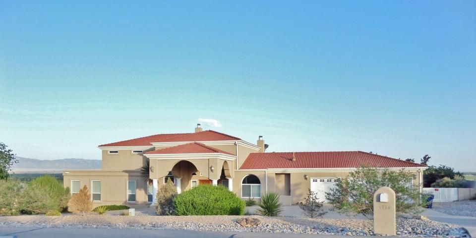 1330 Crestview Drive SW, Los Lunas, NM 87031