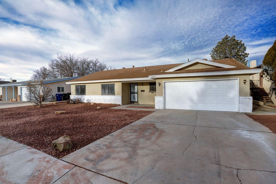 2825 Georgia Street NE, Albuquerque, NM 87110