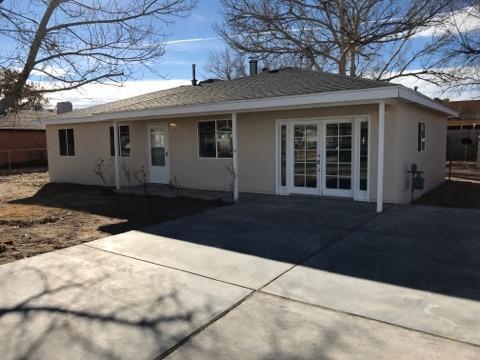359 Teles Street SW, Los Lunas, NM 87031