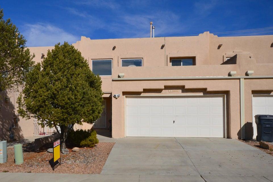 11227 Campo Del Oso Avenue NE, Albuquerque, NM 87123