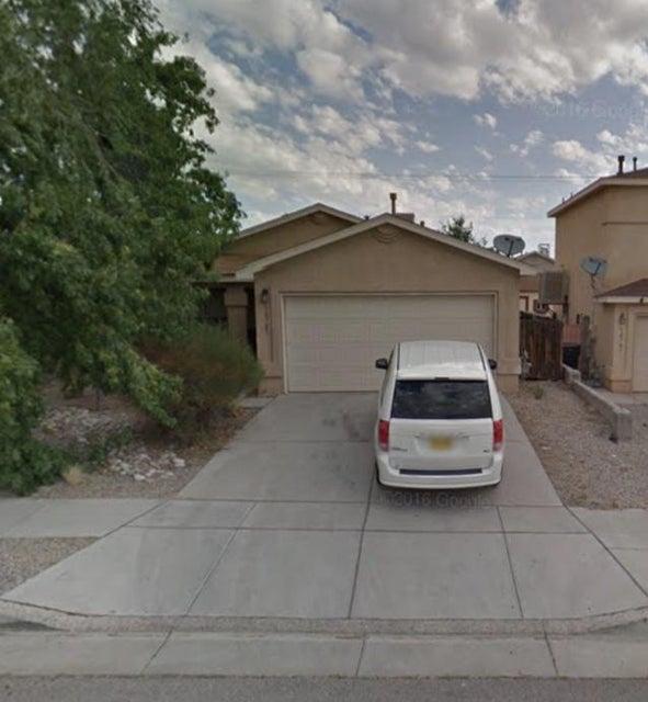 10705 Red Robin Road SW, Albuquerque, NM 87121