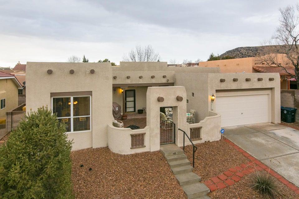 8008 Dark Mesa Avenue NW, Albuquerque, NM 87120