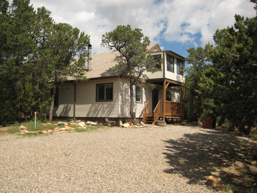 64 Juniper Hill Loop, Cedar Crest, NM 87008