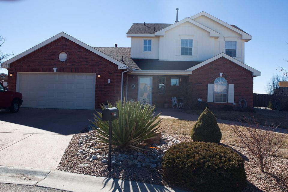 22 Pinon Avenue, Los Lunas, NM 87031