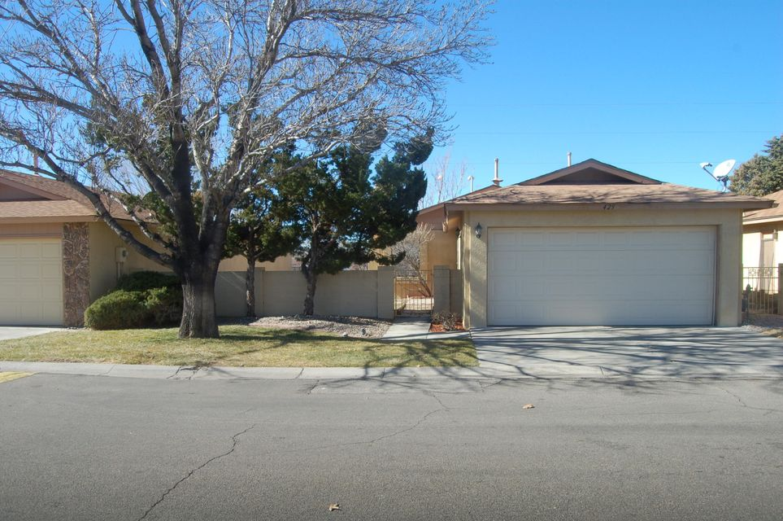 429 ROCK CREEK PARK Avenue NE, Albuquerque, NM 87123