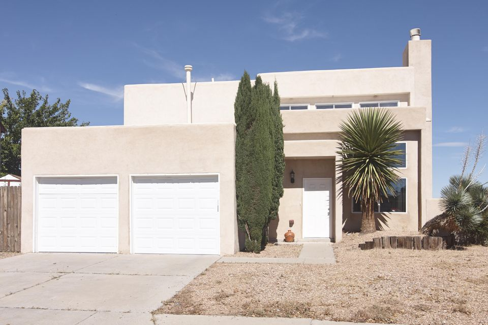 6669 Lamy Street NW, Albuquerque, NM 87120