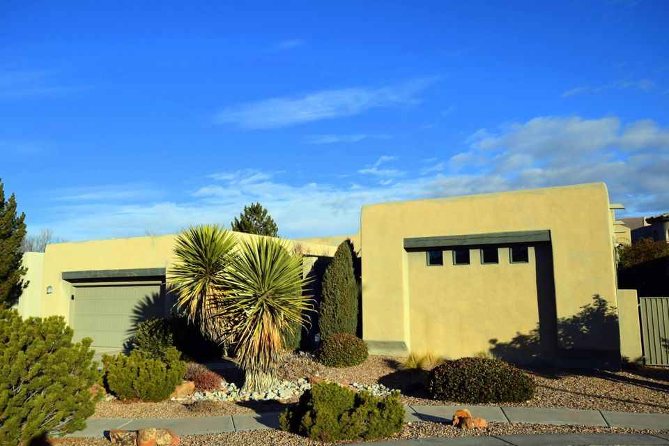 2209 Via Granada Place NW, Albuquerque, NM 87104