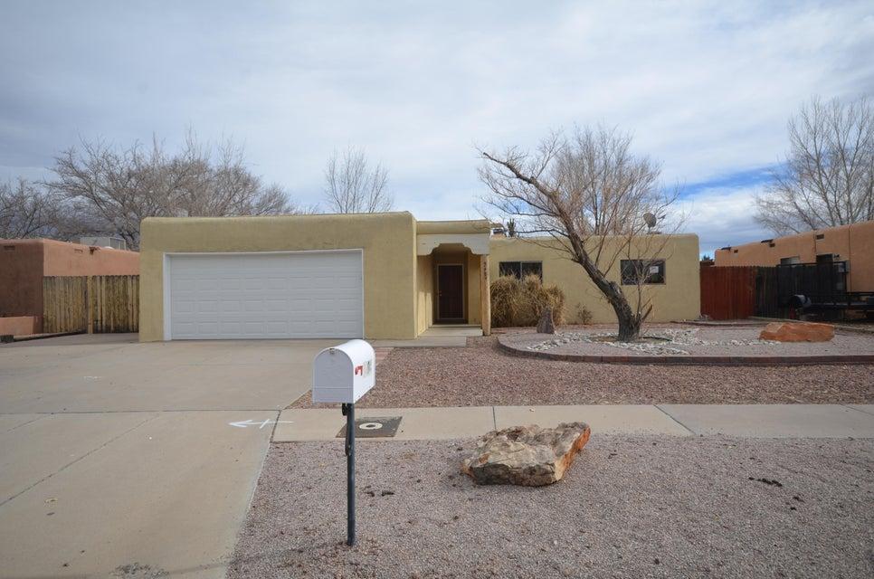 5404 Valle Vista Drive NW, Albuquerque, NM 87120