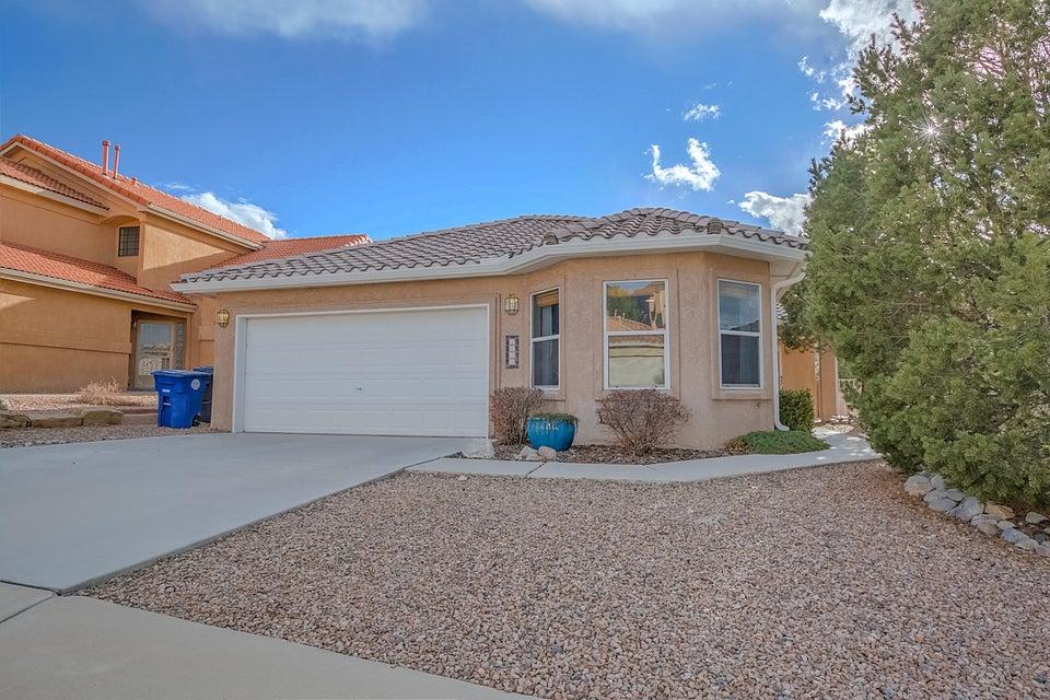 1131 Narcisco Street NE, Albuquerque, NM 87112