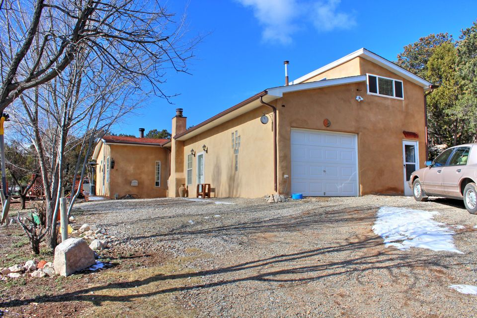 67 Lost Canyon Road, Edgewood, NM 87015