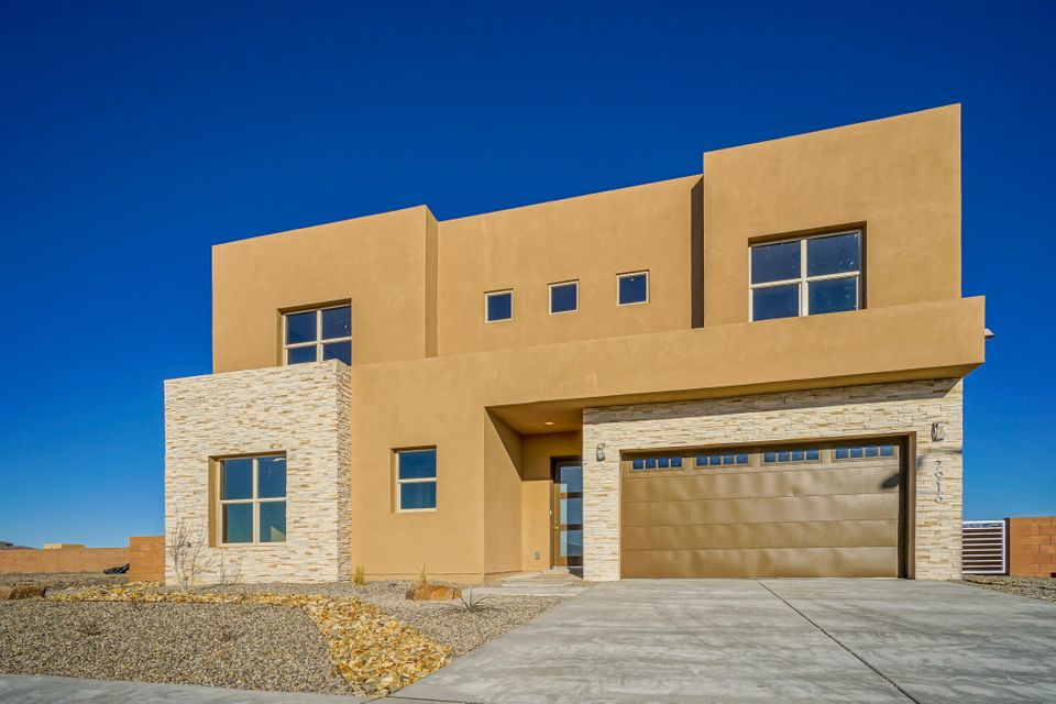 7916 Teaberry Road NW, Albuquerque, NM 87120