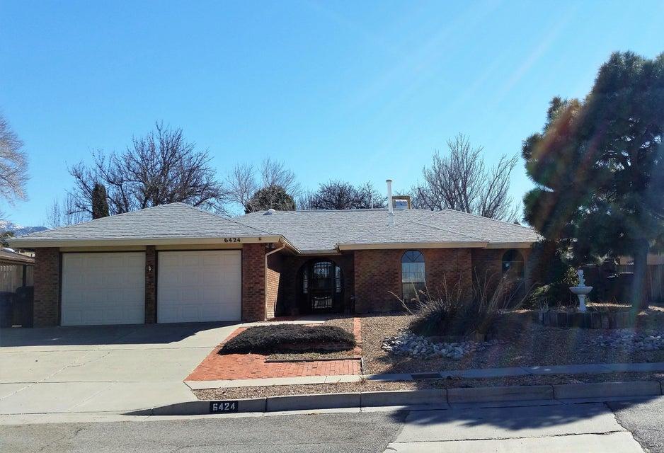 6424 Cranbrook Street NE, Albuquerque, NM 87111