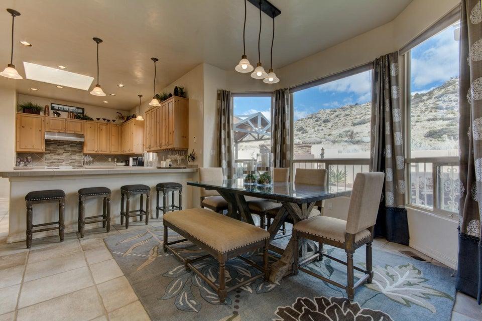 13933 Villa Sandia Place NE, Albuquerque, NM 87112