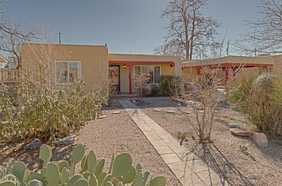 3816 Simms Avenue SE, Albuquerque, NM 87108