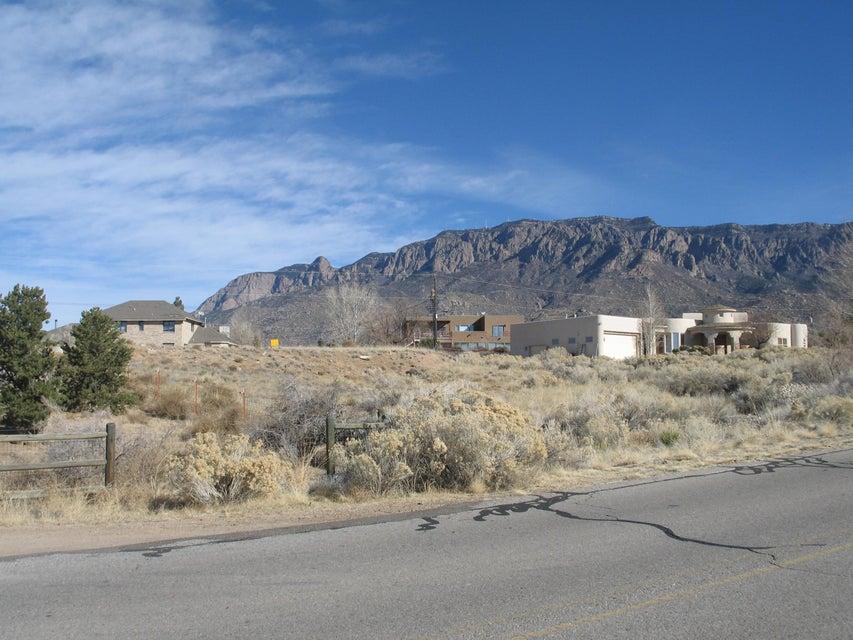 12409 San Rafael Avenue NE, Albuquerque, NM 87122