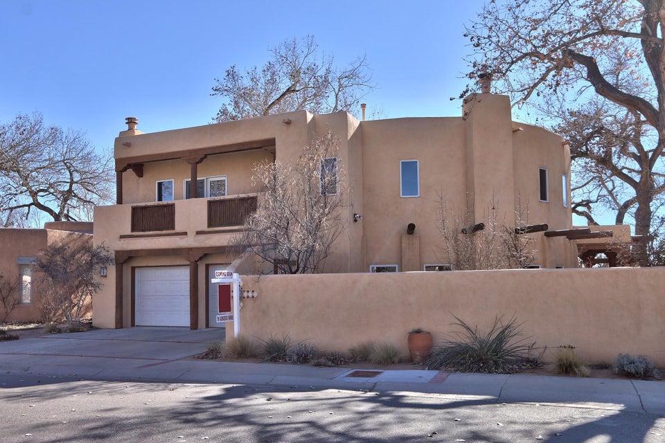 3000 Calle De Alamo NW, Albuquerque, NM 87104