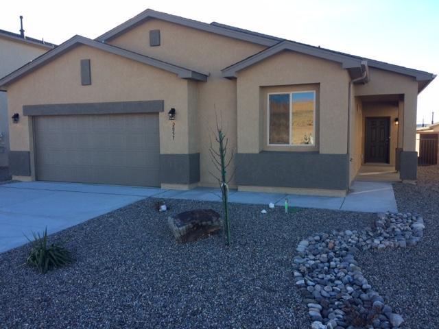 2057 Solara NE, Rio Rancho, NM 87124