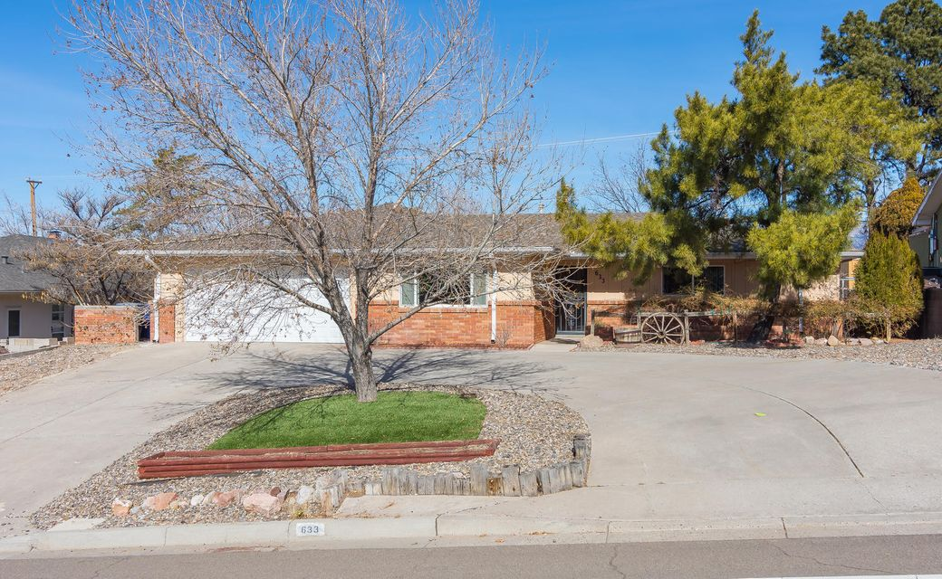 633 Stagecoach Road SE, Albuquerque, NM 87123