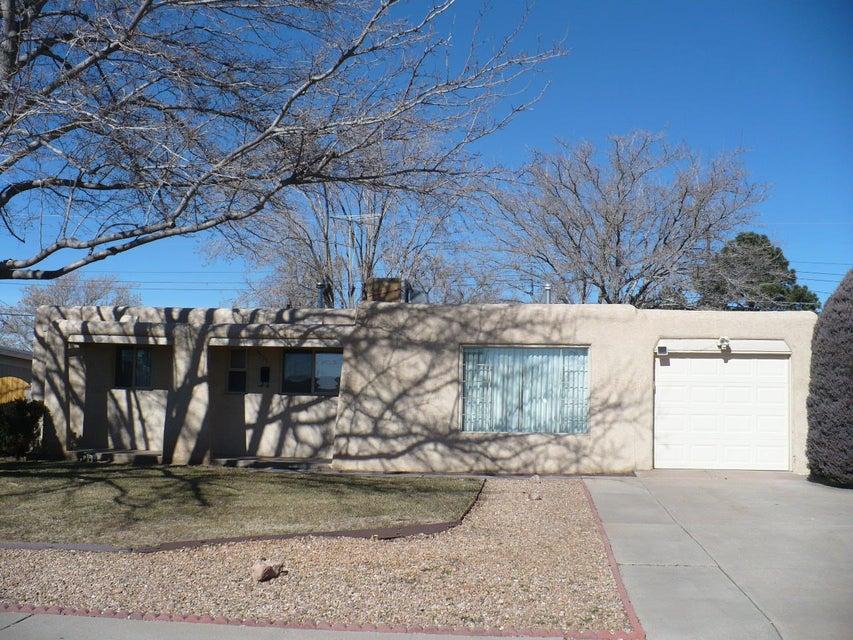 9719 Salem Road NE, Albuquerque, NM 87112