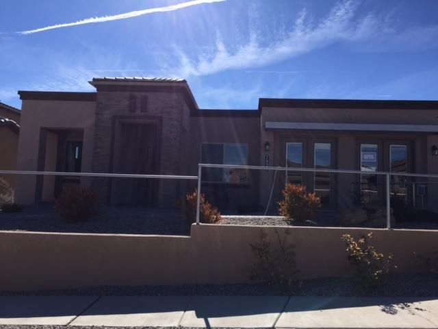 7027 Wrangell Loop NE, Rio Rancho, NM 87144