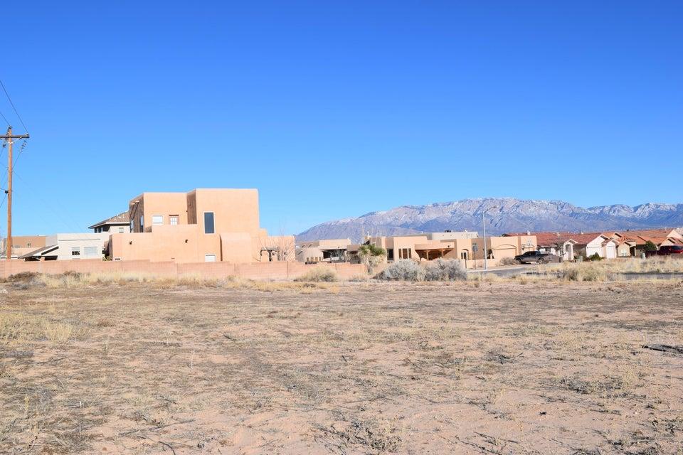 9825 Boulder Street NW, Albuquerque, NM 87114