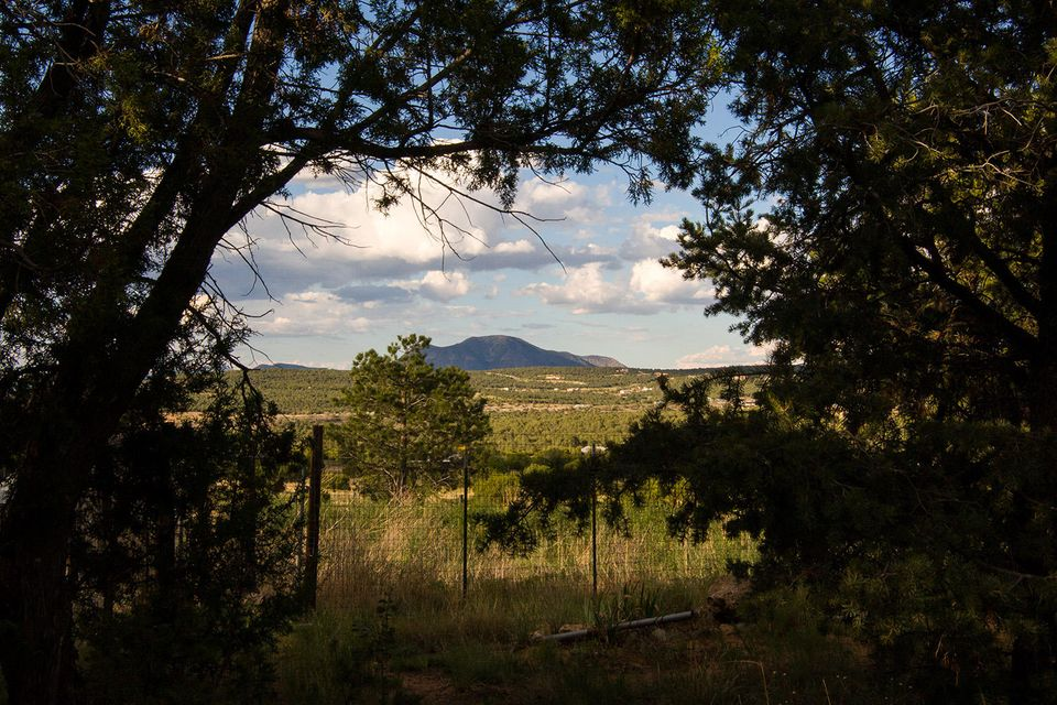 69 Longview Drive, Tijeras, NM 87059