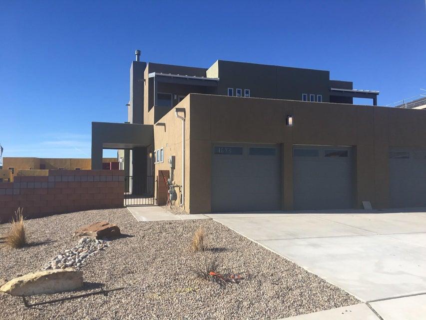 1643 Borrego Drive SE, Albuquerque, NM 87123