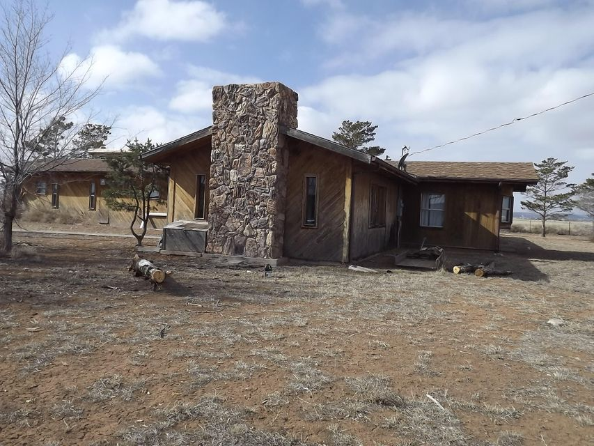 2536 State Highway 41, Moriarty, NM 87035