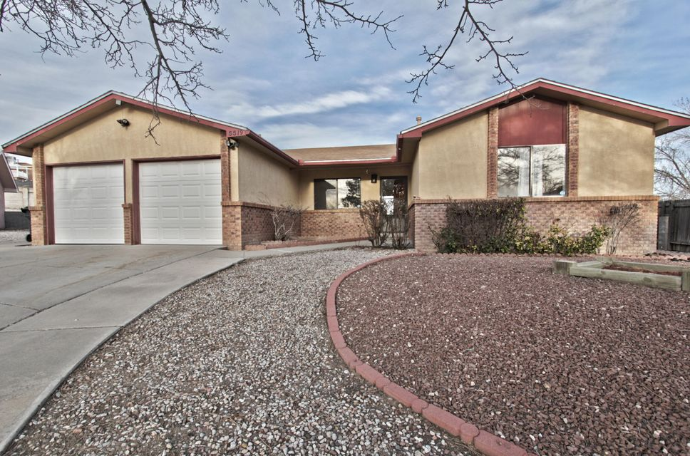 5519 Kettle Road NW, Albuquerque, NM 87120