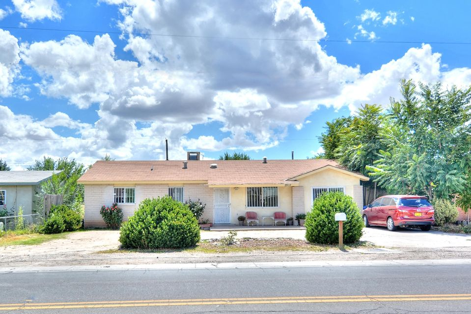 2812 Gun Club Road SW, Albuquerque, NM 87105