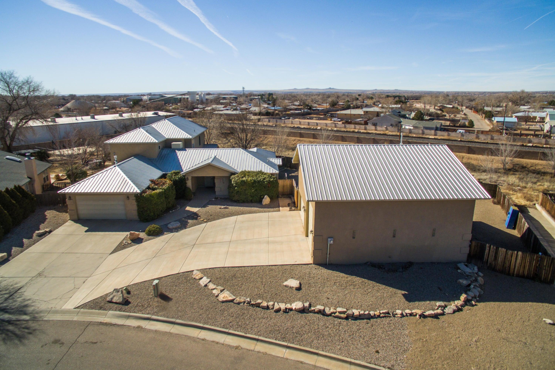 104 Derramadera,Albuquerque,New Mexico,United States 87113,5 Bedrooms Bedrooms,4 BathroomsBathrooms,Residential,Derramadera,883684