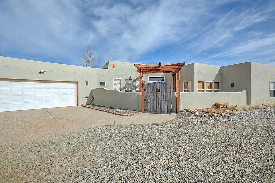 2 Abajo Court, Edgewood, NM 87015