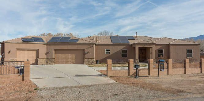 509 Rohan Road NW, Albuquerque, NM 87114